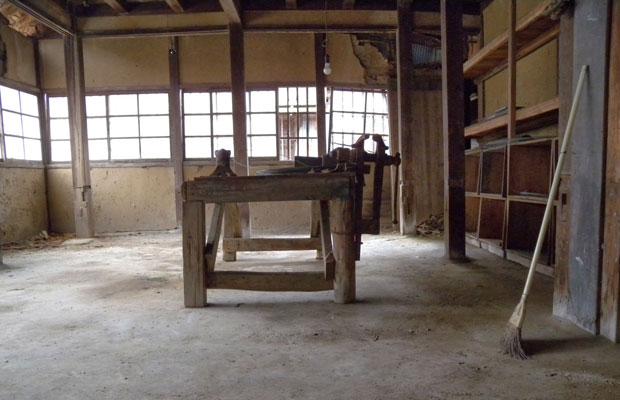 空き室となっていた旧八女郡役所の一室。建物所有者はNPO法人〈八女空き家再生スイッチ〉。