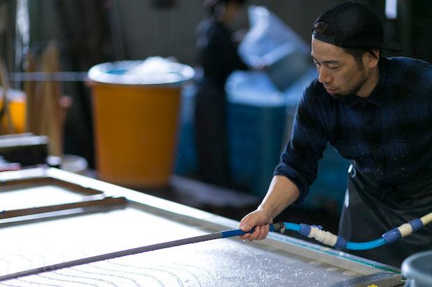 丹南エリアには、越前漆器・越前和紙・越前打刃物・越前箪笥・越前焼といった伝統的工芸品や、眼鏡・繊維といった7つもの地場産業が半径10キロ圏内に集積。