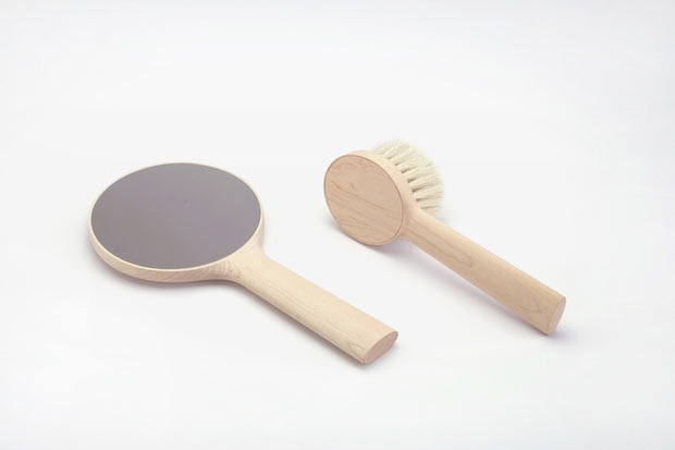 Product Name: - Product type: Child brush and hand mirror Designer: Carlo Clopath Brand/Manufacturer: SUMIDA CONTEMPORARY Material: Japanese maple wood Made in: Sumida, Tokyo