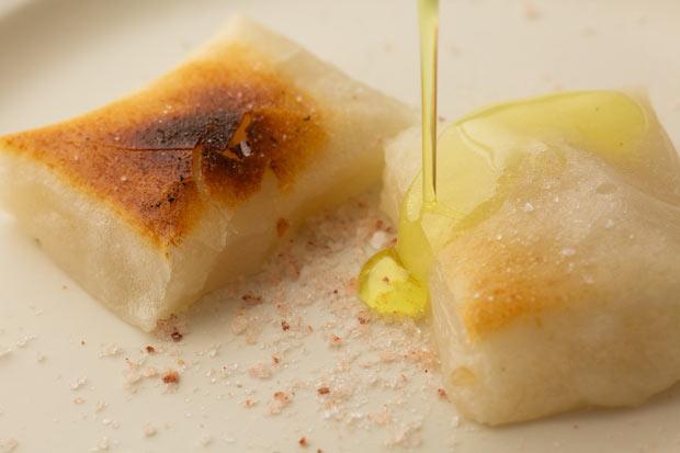 オリーブオイルと塩