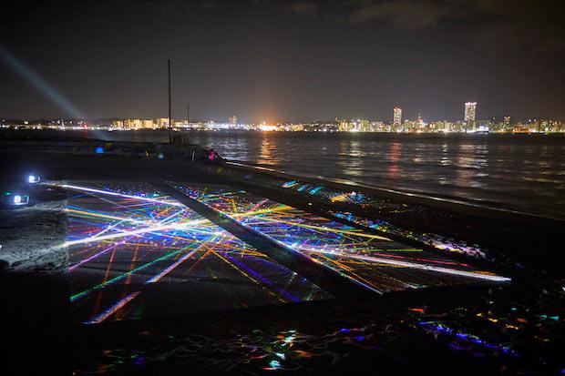 最初に出会う作品は〈博展〉による『prism』。photo:Naomi Circus (C)Sense Island 2019