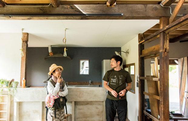 キッチンもできてもうすぐ完成。「ようやくここまできたね!」と來嶋さんも感慨深げ。