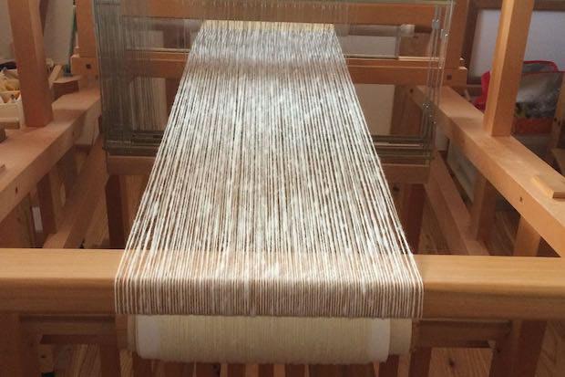 大村さんが実際につかっている織機。以前は着物も織っていたそう。