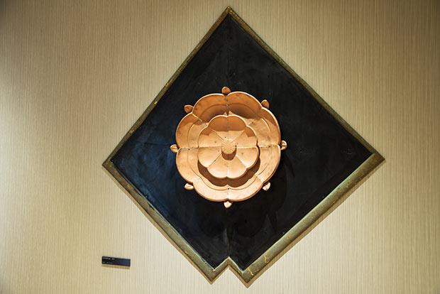 旧新歌舞伎座 懸魚 真鍮製(直径600mm)