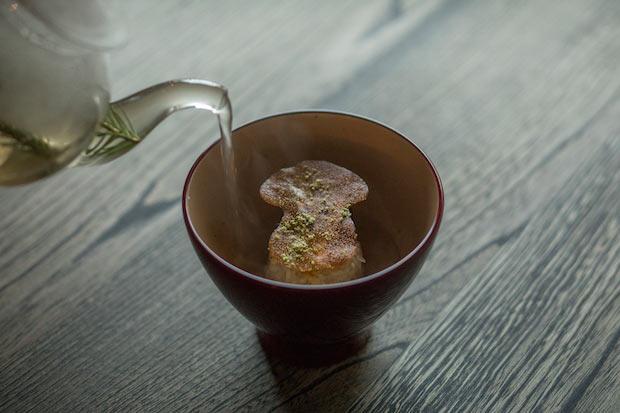 焼き栗ご飯、松茸と松の出汁