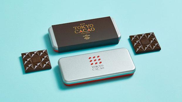 〈平塚製菓〉の〈TOKYO CACAO〉。タブレット2枚をパッケージ。3000円(税抜)