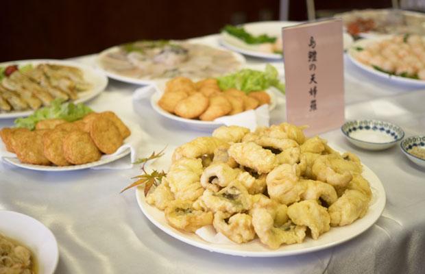 料理上手な四海のお母さんたちのハモ料理はどれもおいしかった。