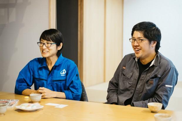 才木祥子さん(左)、誠さん(右)。