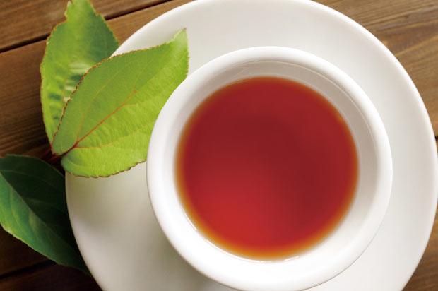ノンカフェインで、ほうじ茶やルイボスティーのような味わい。お客さまからは「ほんのりりんごの香りが漂う」という声も。