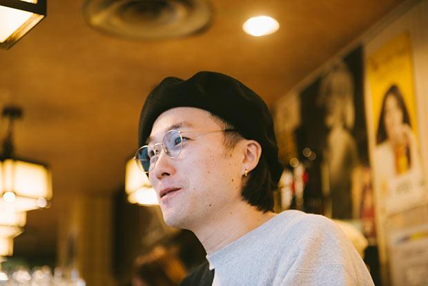 平田さんはヘアスタイリストという仕事柄、平日が休日。ローカル酒場を巡る人にとって週末の混雑を避けることができて好都合なのだとか。