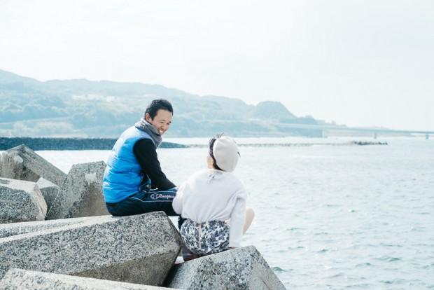 仲睦まじい佐藤さん夫妻。命がけの漁業について「ひとりならやってなかったです、旦那がいるからやれてます」と冬奈さん。