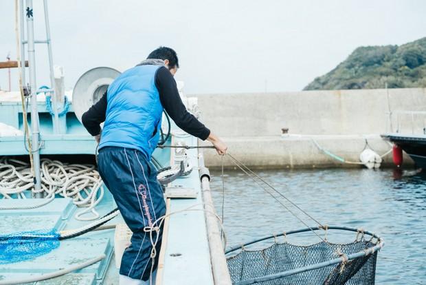 「漁は獲物を追い求めていくのがワクワクして楽しい」と嵩宗さん。