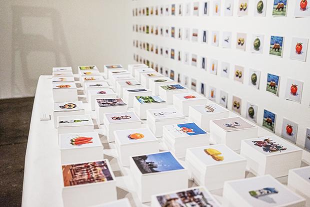 来場者にはオリジナルポストカードを配布した。