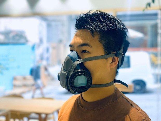 FabCafe 香港にて、3Dプリンターで制作されたマスク。