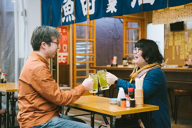 お互い「一番の飲み友だち」と言う小森さん夫婦。小森さんが宇都宮に帰ってから出会って結婚。仕事だけではなくいろいろな変化がありました。