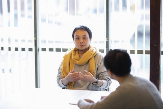 総合プロデューサーの明石博之さん。