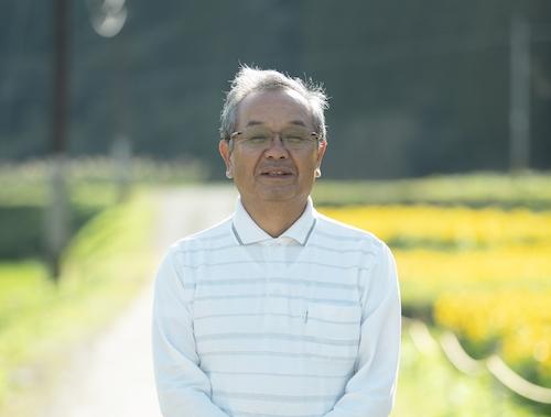 敬一郎さんと一緒に学校を維持してきてくれた、地元で工務店を経営している東大海さん。