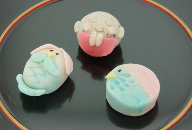 福岡の老舗和菓子屋〈如水庵〉の「アマビエ姫」と「お地蔵さま」が好評