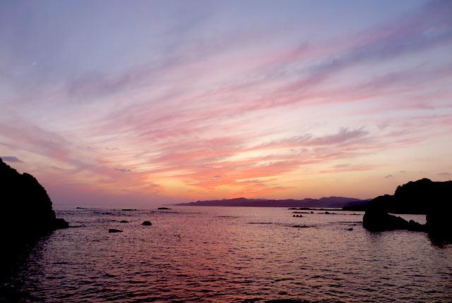 下田の海の夕焼け