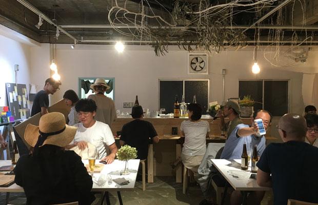 2016年1年限定で開かれた月イチバル「ギフバル」。入居者のひとりが運営し、1年後は東京で自身の小さい店を開業。