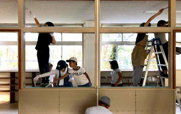 ボランティアの中には地域の子どもたちも。