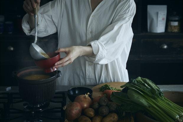 出汁を使った料理のイメージ