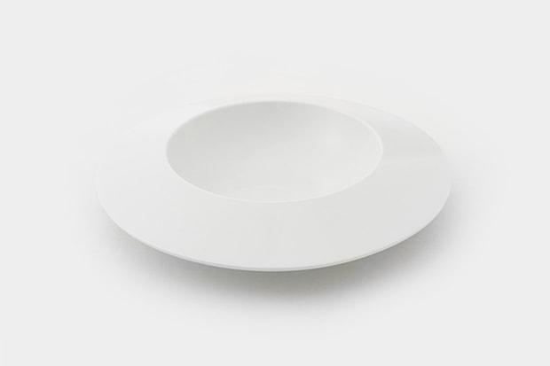 シンプルな白地がどんな食材でも引き立ててくれそう。