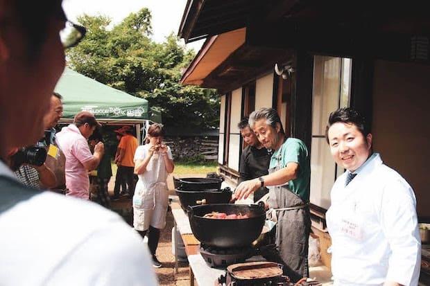 有名なシェフたちと共に地元のフードイベントにも参加。いろいろなかたち、場所で「食」に向き合う取り組みも積極的にされています。