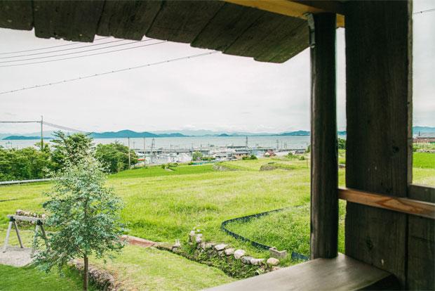 ツリーハウスから琵琶湖への眺望。