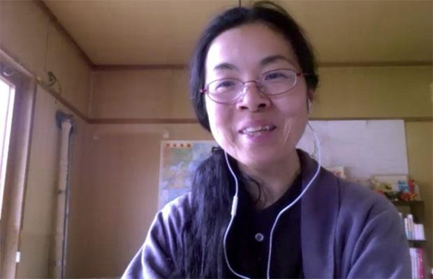 岩見沢市の美流渡地区で暮らす編集者の來嶋路子さん。