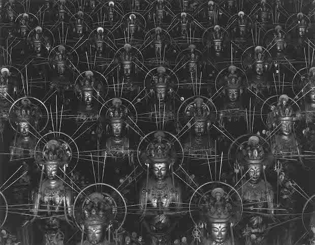 『仏の海 001』1995 © Hiroshi Sugimoto / Courtesy of GalleryKoyanagi