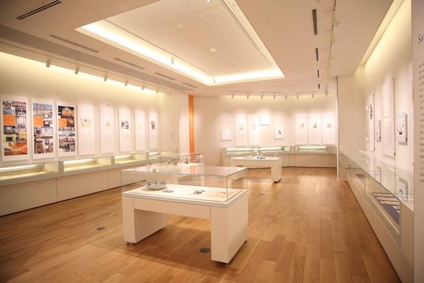 長谷川町子記念館 常設展示室『町子の生涯』