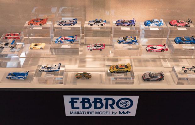 1998年に創業したミニチュアモデルメーカー〈エムエムピー〉が手がける〈EBBRO〉の模型。(写真提供:静岡ホビースクエア)