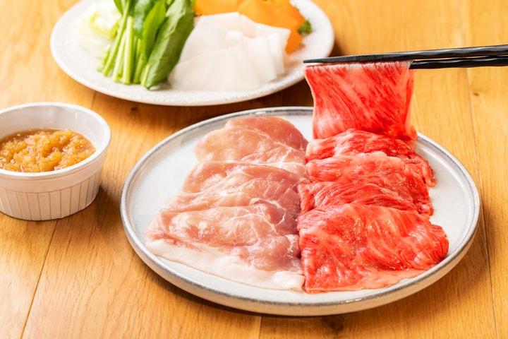 〈タニタ食堂レシピ付き 佐賀牛と金星佐賀豚セット〉限定50点。