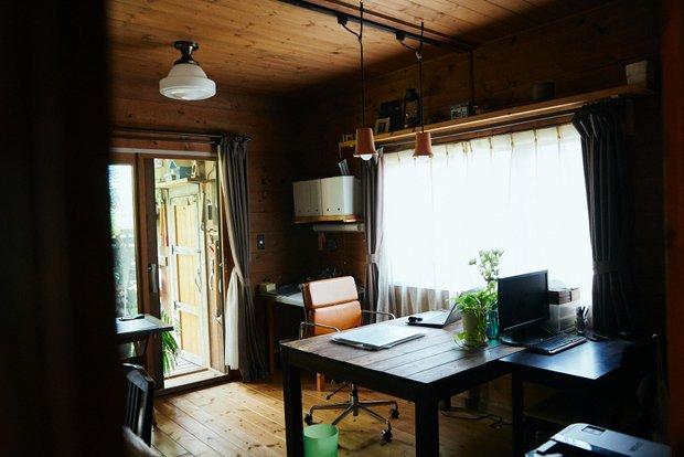 ガーデンホリックの事務所内部。