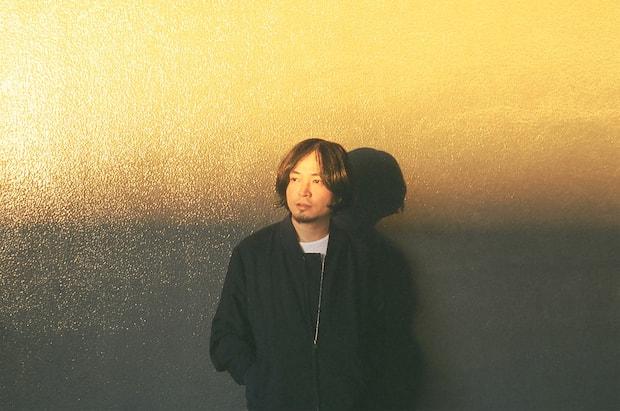 Koji Nakamura / ナカコーナカコーことKoji Nakamura。1995年地元青森にてバンド、スーパーカーを結成し2005年解散。その後、ソロプロジェクトiLLやNyantoraを立ち上げる。その活動はあらゆる音楽ジャンルに精通する可能性を見せメロディーメーカーとして確固たる地位を確立し、CMや映画、アートの世界までに届くボーダレスなコラボレーションを展開。その他remixerとしてもさまざまなアーティトを手がけ、遺憾なくその才能を発揮している。現在はフルカワミキ、田渕ひさ子、牛尾憲輔と共にバンド、LAMAとして活動の他、2014年4月より自身の集大成プロジェクトKoji Nakamuraを始動させた。最近では、関西テレビ連続ドラマ『潤一』主題歌・劇伴音楽、『WOWOWオリジナルドラマ アフロ田中』のメインテーマ曲・劇伴音楽、Eテレ『シャキーン!』への楽曲提供等を担当。