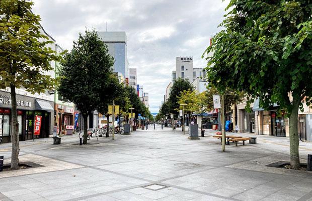 旭川の目抜き通り「買物公園」。
