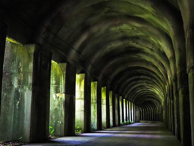 新発田市の東赤谷連続洞門