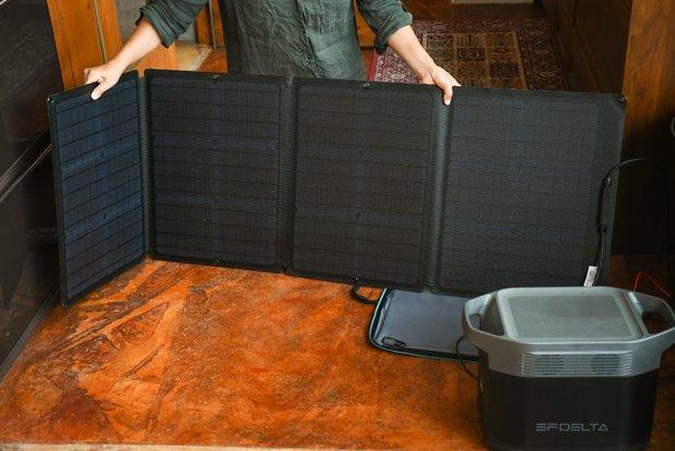 ソーラーパネルで充電できるすぐれもの。アメリカのエコフローテクノロジー社が開発した〈EFDELTA〉。
