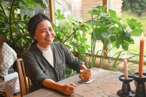 アースシップミマの施主であり、コンシェルジュの倉科智子さん。