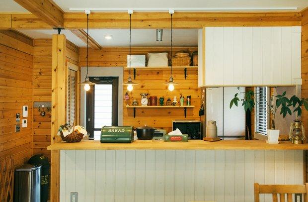 萩田家のキッチン。