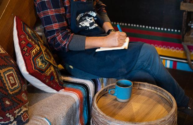 カフェは毎年12月下旬~2月中旬は冬季休業なのですが、今年は少し早く冬季休業に入ることになるかも。