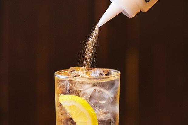 クエン酸が始まったきっかけは先代の「お客様の健康のため」という気持ちから。酸味が最後まで続き、飲み味はさっぱり。