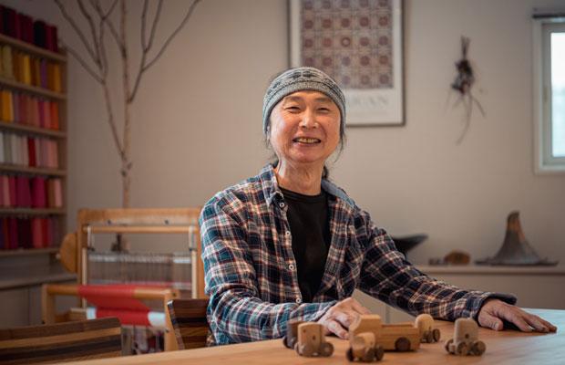 木工作家の五十嵐茂さん。身振り手振りを交えて人生を語り、まるで1本の映画を見るようなひとときとなった(撮影:佐々木育弥)