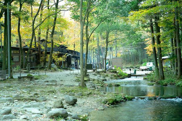 〈那須フィッシュランド〉の渓流釣り場。料金は2時間3000円から。