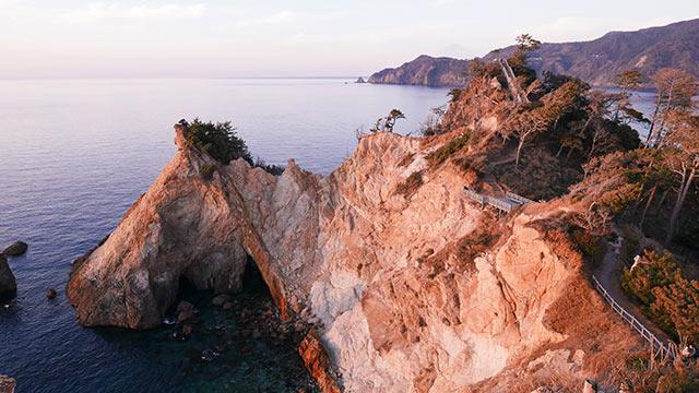 馬ロックと呼ばれる奇岩
