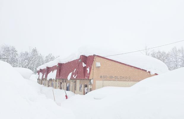 美流渡は豪雪地帯。アトリエも雪に埋もれる。