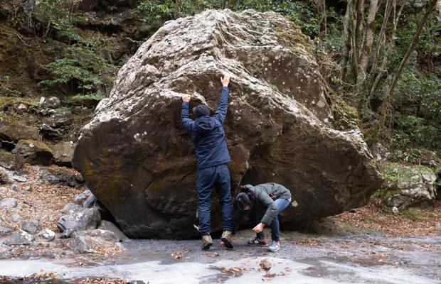 こんな岩がごろんとあったりして、ほんとに自然のまま。