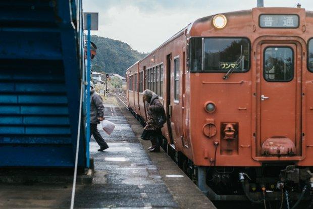 山陰本線は、塩満さんの地元・萩駅も通っている。