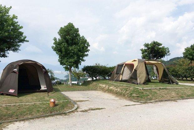 家族旅行村のキャンプサイト。
